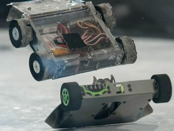 Mini Robots Battling on Robot Wars